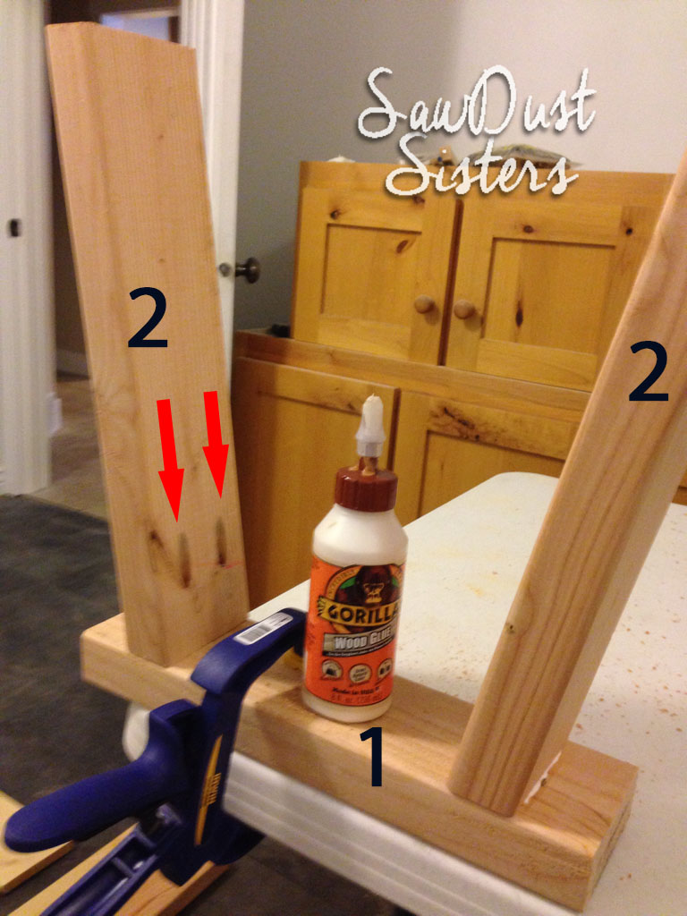 Entryway Bench Tutorial. Only $15 in lumber! Sawdustsisters.com