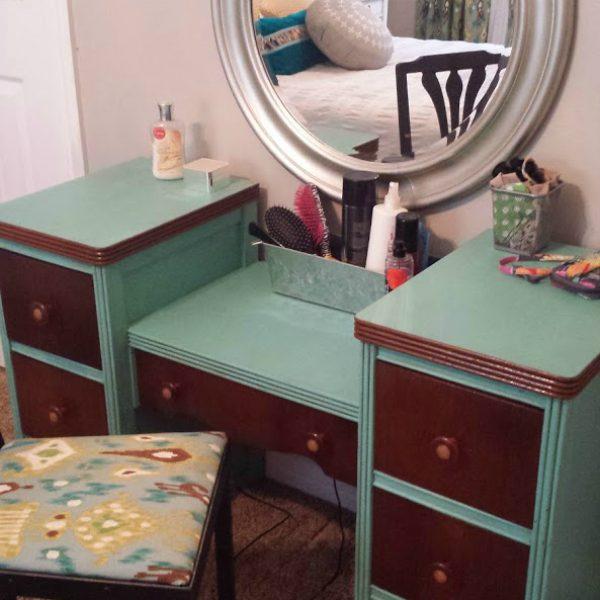Vintage Vanity Update