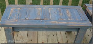 Simple bench made with 2x4s from My Repurposed Life. Easy 2x4 projects.