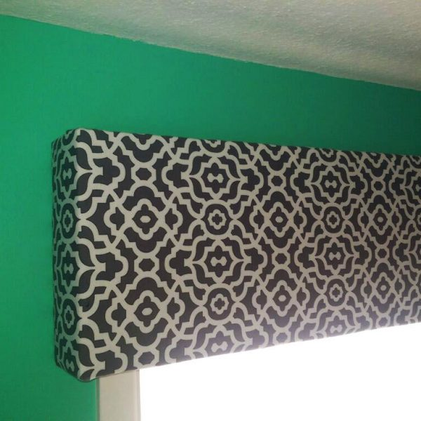DIY Fabric Covered Cornice