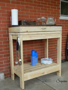 Easy 2x4 projects. Potting Bench Tutorial.