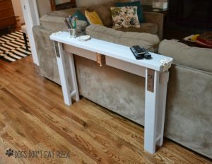 Narrow sofa table using 2x4s from Dogs don't Eat Pizza. Easy 2x4 projects.