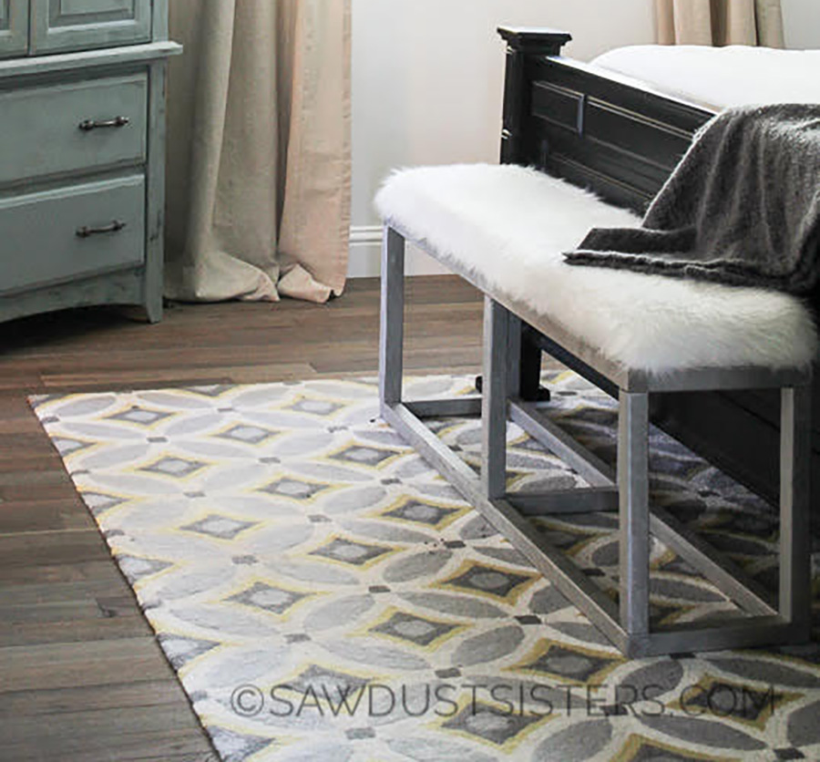 DIY Upholstered BENCH. I could have SWORN Those legs were METAL!!!
