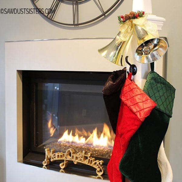 Easy DIY Christmas Stocking Post