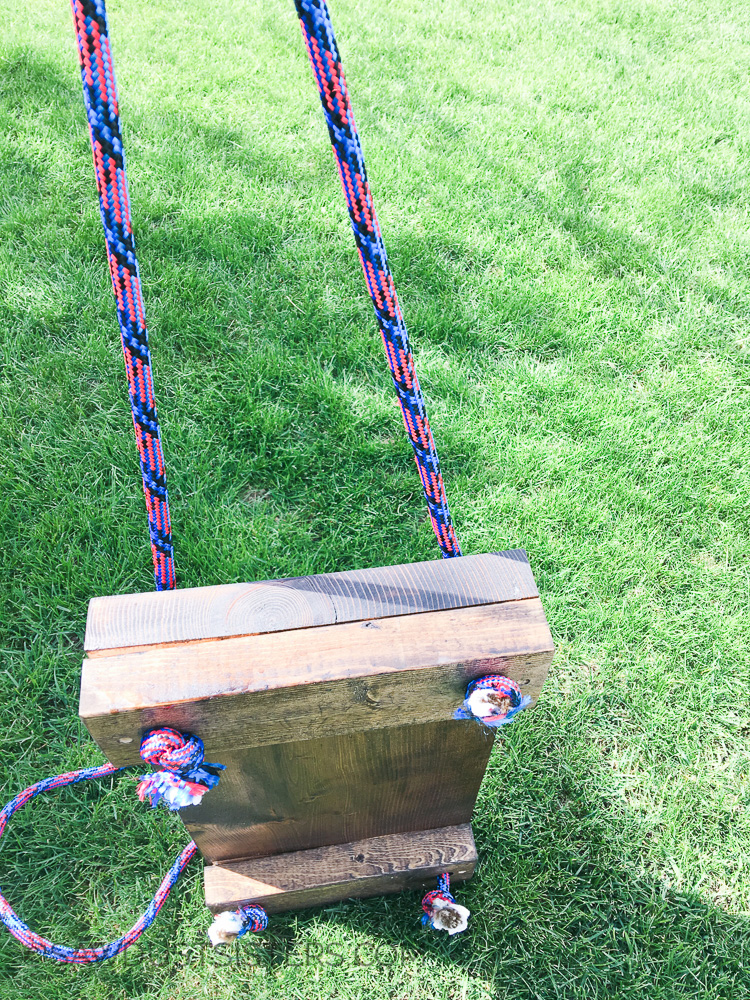 How to make and hang a tree swing without fancy knots!