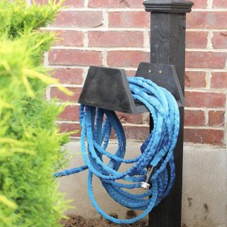Super Cute Chunky Garden Hose Holder. All wood. Definitely going on my list to build!!