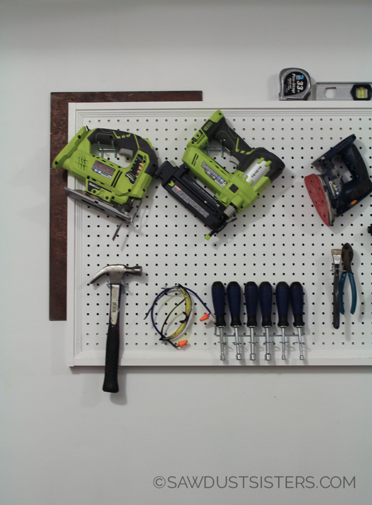 Best Tutorial on how to hang pegboard. I think I can do this by myself!!
