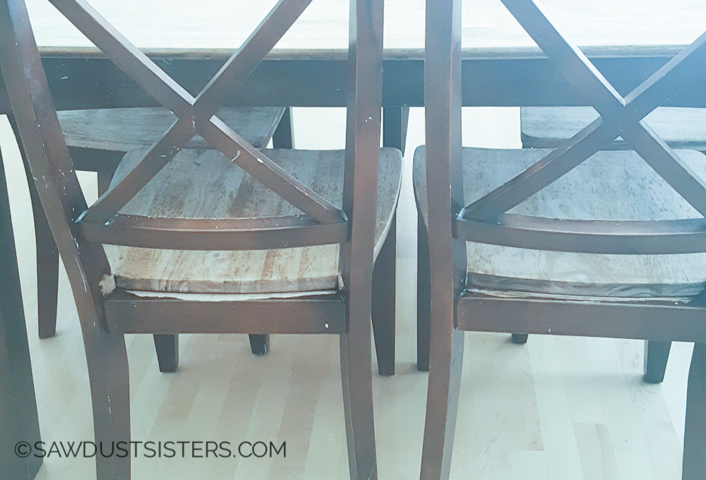 Furniture refinishing is not as hard as I thought. This dining table makeover is gorgeous!