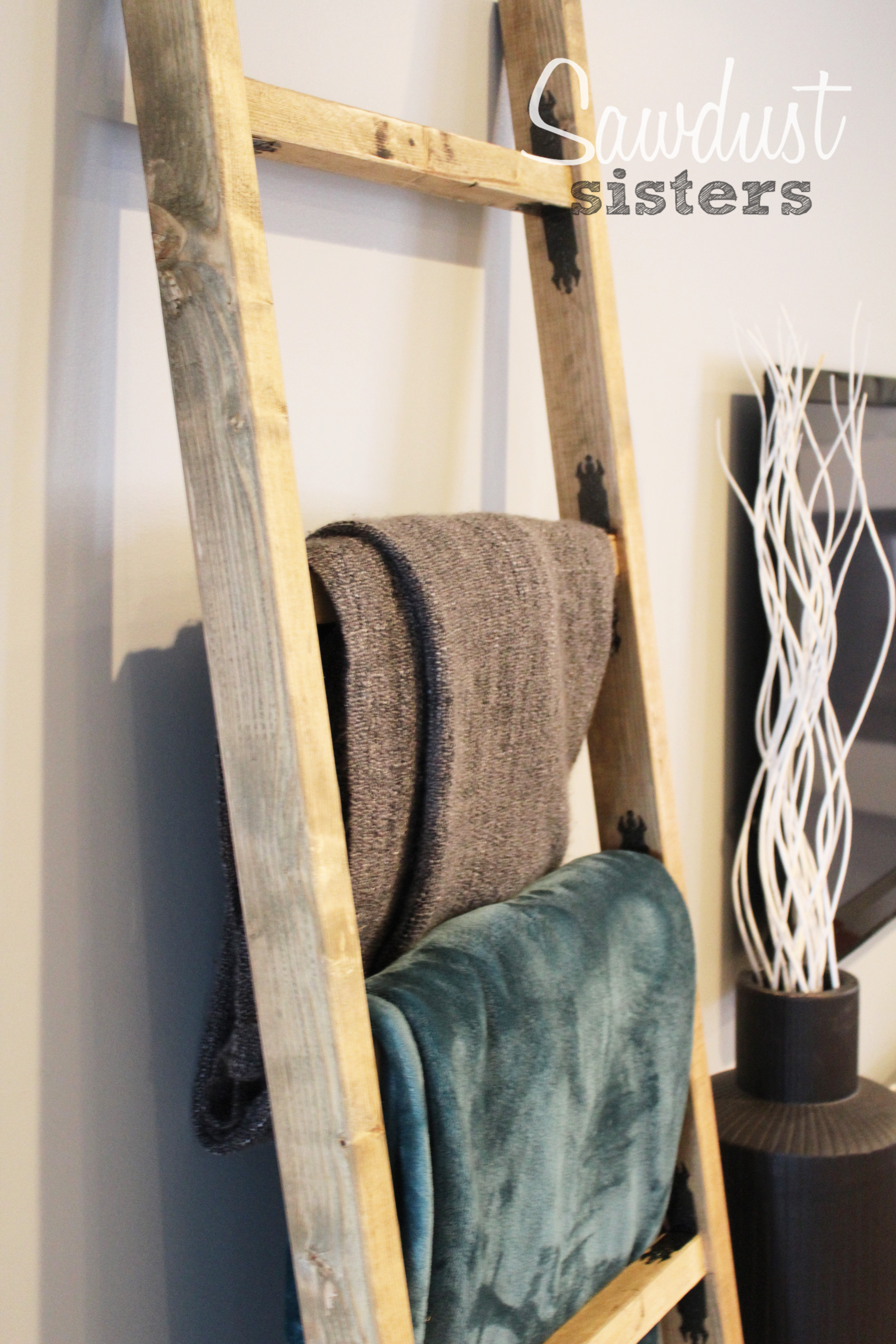 Easy Kreg Jig Projects. This blanket ladder is awesome! I need one for my den!