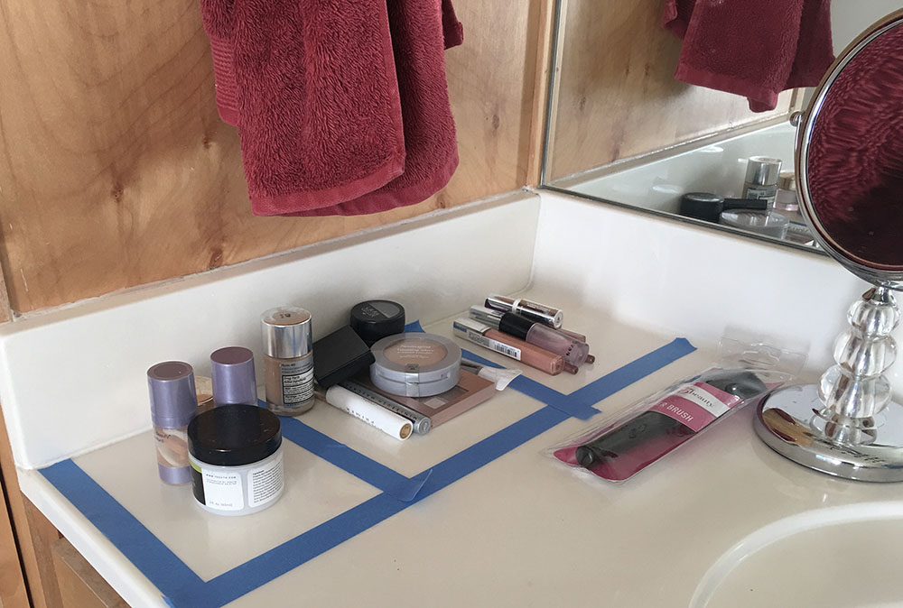 DIY Customized Makeup Organizer. No more vanity chaos!