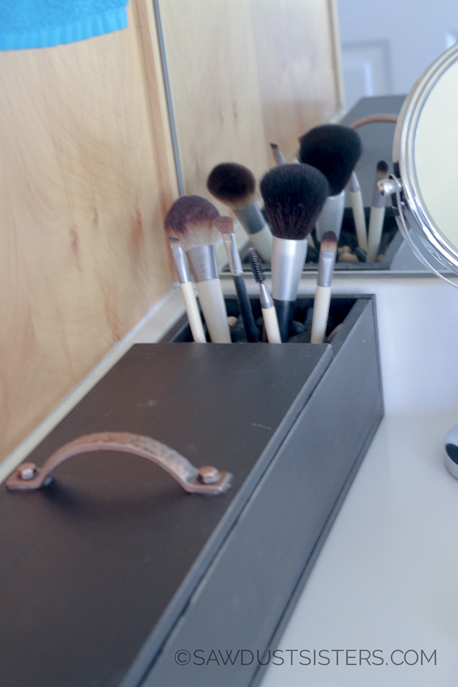DIY Makeup Organizer. Claim your bathroom space back and make this beauty with craft boards and GLUE!