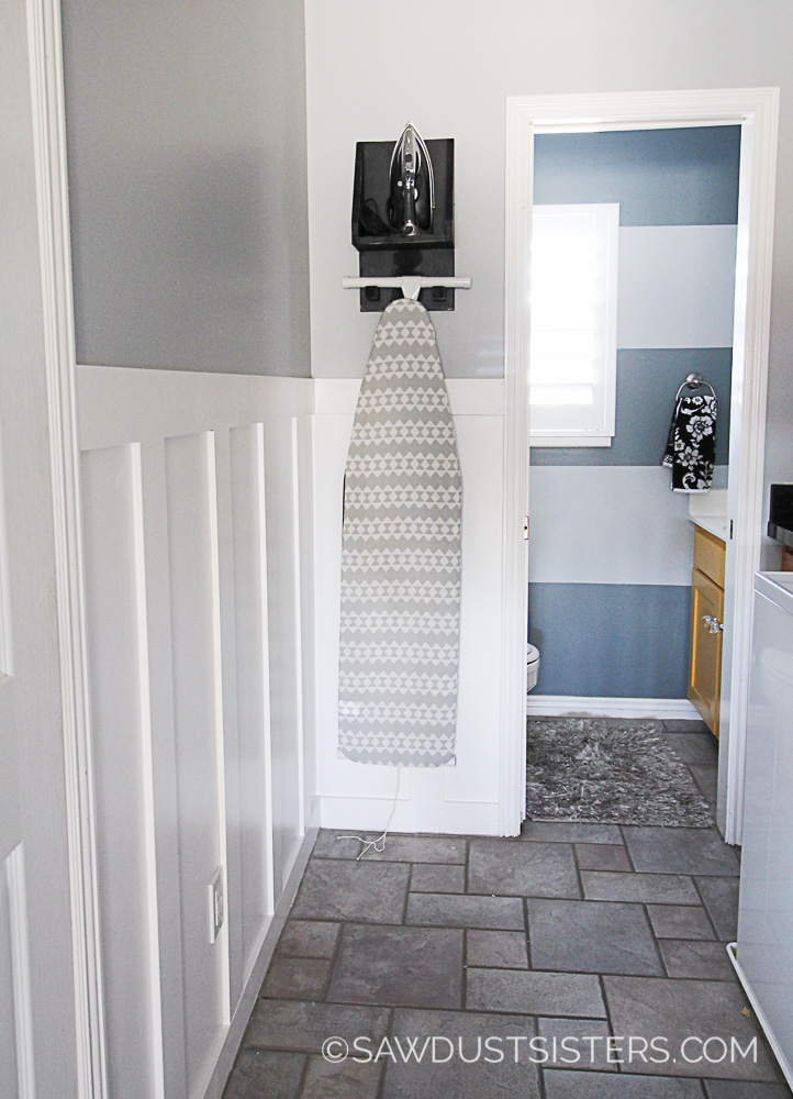 A faux wainscoting wall is easy to create. No need for expensive wainscoting panels!