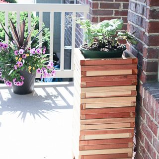 Easy DIY Modern Wood Planter