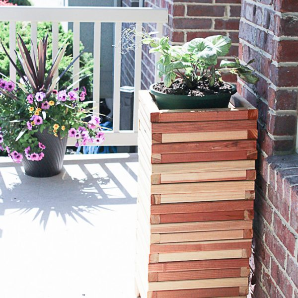 Easy DIY Modern Wood Planter